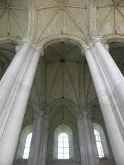 Eglise Notre-Dame de Cunault - Français:   Intérieur de l\'église Notre-Dame de Cunault à Chênehutte-Trèves-Cunault (49).