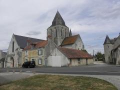 Eglise Saint-Vincent - Français:   Église Saint-Vincent de Vernoil-le-Fourrier (49).