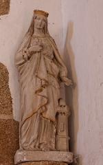 Chapelle de Charné -  Statue de Sainte-Barbe. Chapelle de Notre-Dame de Charné en Ernée (53).