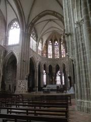 Abbaye bénédictine Notre-Dame d'Evron devenue Couvent de la Charité d'Evron - Français:   Abbaye Notre-Dame d\'Évron