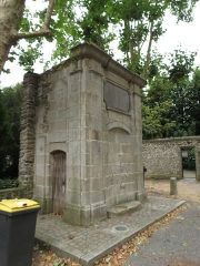 Fontaine - This image was uploaded as part of Wiki Loves Monuments 2012.