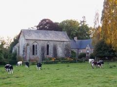 Prieuré Saint-Médard de la Futaie - Français:   Saint-Mars-sur-la-Futaie (Pays de la Loire, France). Le prieuré Saint-Médard de la Futaie.