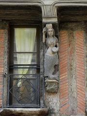 Maison - Français:   Maison 10 Rue Carnot à La Ferté-Bernard (72).