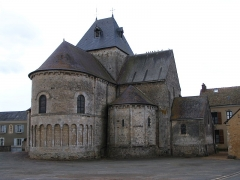 Eglise - English: The church of Neuvy-en-Champagne, Sarthe, France.