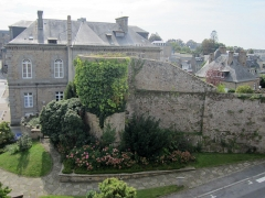 Anciennes fortifications - Français:   Anciennes fortifications d\'Avranches