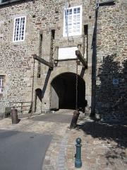 Enceinte de la Haute-Ville - Français:   Enceinte de la Haute-Ville, Granville