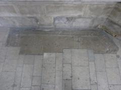 Eglise Saint-Malo - Français:   Valognes, église Saint-Malo: plaque tombale