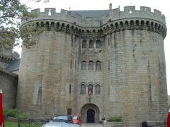 Ancien château - English:   Alençon (Orne, France), le Château des Ducs.