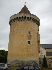 Tour Marguerite - English: A vestige of the 12th century fortress of Argentan, Orne, France.