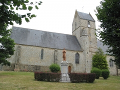 Eglise Notre-Dame - This building is indexed in the Base Mérimée, a database of architectural heritage maintained by the French Ministry of Culture, under the reference PA00110842 .