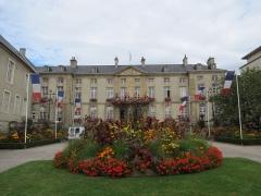 Ancien palais épiscopal, actuellement Hôtel de ville - This image was uploaded as part of Wiki Loves Monuments 2012.