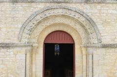 Eglise - Français:   Portail de l\'église Saint-Jacques de Cresserons (Calvados)