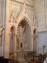 Basilique - Basilique Notre-Dame de la Délivrande, statue de Saint-Jacques