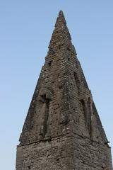 Ancienne église d'Engranville - Français:   Église Saint-Pierre d\'Engranville toit pyramidal