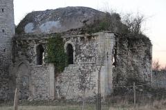 Ancienne église d'Engranville - Français:   Église Saint-Pierre d\'Engranville clocher