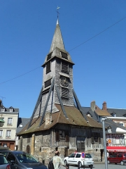Eglise Sainte-Catherine - This building is indexed in the Base Mérimée, a database of architectural heritage maintained by the French Ministry of Culture,under the reference PA00111390 .