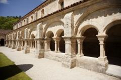 Ancienne abbaye Saint-Etienne-de-Fontenay - cloître