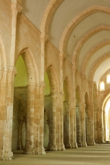 Ancienne abbaye Saint-Etienne-de-Fontenay - église, 1140 - 1147