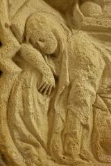 Ancienne abbaye Saint-Etienne-de-Fontenay - église, bas-relief dans le choeur