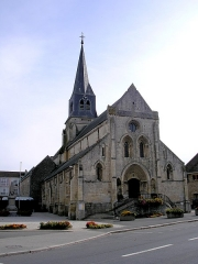 Eglise -  Thury-Harcourt (Normandie, France). L\'église Saint-Sauveur.