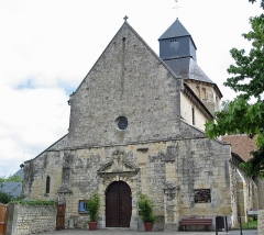 Ancienne église Saint-Pierre - This building is indexed in the Base Mérimée, a database of architectural heritage maintained by the French Ministry of Culture, under the reference PA00111753 .