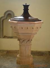 Eglise - English: The Baptismal font