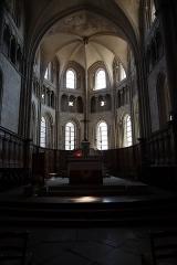 Eglise Notre-Dame - Intérieur de l'église Notre-Dame d'Auxonne (21). Chœur.