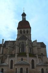 Eglise Notre-Dame et son presbytère - Collégiale Notre-Dame (Beaune, Côte-d'Or), vue du chevet.