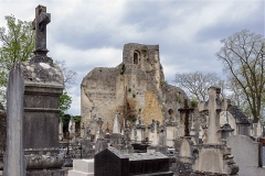 Château des ducs de Bourgogne (ruines) - Français:   Les ruines du château des ducs de Bourgogne et le cimetière Saint-Vorles à Châtillon-sur-Seine (Côte-d\'Or, région Bourgogne, France)