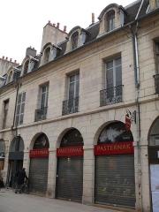 Immeuble - English: Building at 86-84 rue de la Liberté in Dijon (Côte-d'Or, Bourgogne, France).