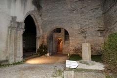 Ancienne abbatiale Saint-Pierre de Flavigny - Français:   Entrée de l\'abbaye Saint-Pierre de Flavigny-sur-Ozerain (Côte d\'Or, Bourgogne-Franche-Comté, France).