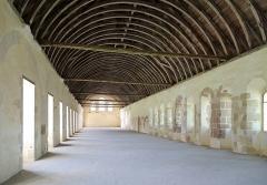 Abbaye de Fontenay - Nederlands: Marmagne (departement Côte-d'Or, Frankrijk): dormitorium van de voormalige abdij van Fontenay