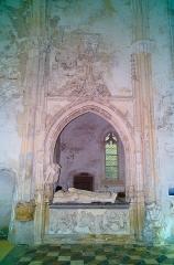 Château - Vue du transepte gauche, Chapelle castrale, Pagny-le-Château (Côte d'Or, Bourgogne, France)