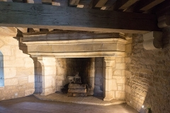 Château - English: Fireplace inside the Château de Posanges, France.