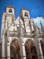 Eglise (collégiale) Notre-Dame - Français:   Façade la de collégiale