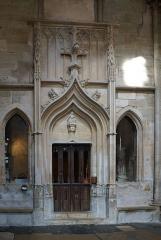 Eglise (collégiale) Notre-Dame - Intérieur de la collégiale Notre-Dame de Semur-en-Auxois Côte-d'Or Bourgogne-Franche-Comté