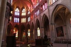 Cathédrale Saint-Cyr et Sainte-Julitte - Cathédrale Saint-Cyr-et-Sainte-Julitte de Nevers - Nièvre - France