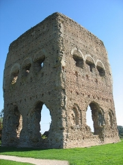 Temple de Janus - English: The temple so-called Janus in Autun.