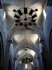 Eglise - English: Issy-l'Évêque (Saône-et-Loire), plafond de l'église