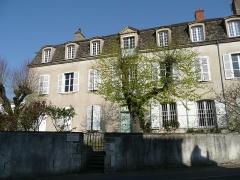 Hôtel Vantey -  Hôtel Vantey dit Chandon, donnant sur la rue de la Préfecture, la rue de la Paix et la rue Bauderon-de-Senecé, à Mâcon (France).