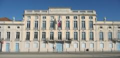 Hôtel de ville - English:   City Hall of Macon (France)