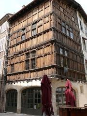 Immeuble dit La maison de Bois - Français:   Mâcon - Maison de Bois - Ensemble