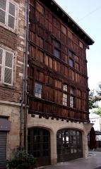 Immeuble dit La maison de Bois - Français:   Mâcon - Maison de Bois