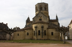 Eglise Saint-Hilaire -  Apse and semicircular small apsea of the church of Saint Hilary.