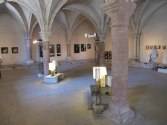 Ancienne abbaye Saint-Philibert - English:   Capitulaire hall of the Saint-Philibert abbey in Tournus (Saône-et-Loire, France). It is now a place for artistic exhibitions.