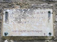Chapelle Saint-Laurent - English: Plaque on the chapel of Saint-Laurent in Tournus (Saône-et-Loire, France).