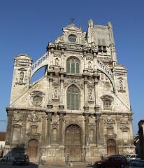 Eglise Saint-Pierre ou Saint-Père - English: Saint-Pierre church,  Auxerre,  Burgundy, FRANCE