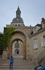 Porte Saint-Jean - Français:   Porte Saint-Jean a  à Joigny, Yonne, Bourgogne, France