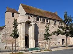 Rempart gallo-romain - Français:   Remparts de Sens, Yonne, Bourgogne,France
