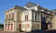 Théâtre municipal - Français:   Théâtre municipal de Sens, Yonne, Bourgogne,France